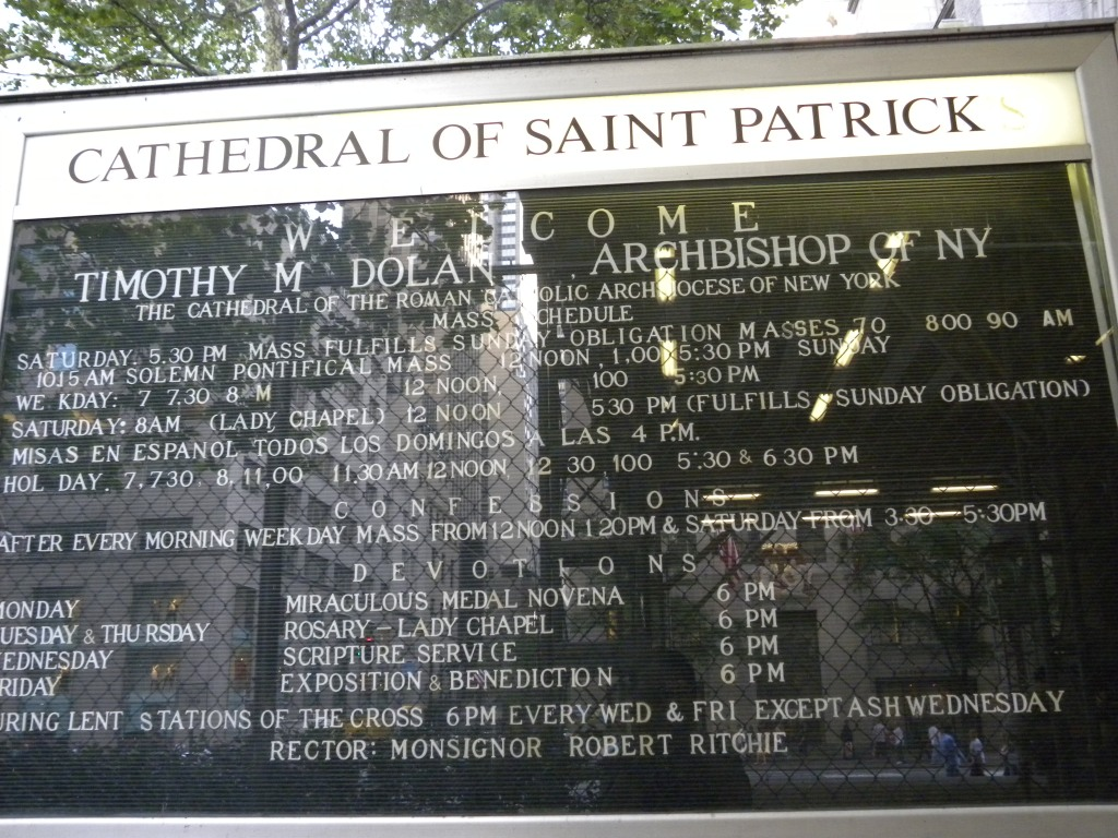 St. Patrik na Katedral nga si Obispo Darbs esti Nolan ang Kadre ng New York Dayosis