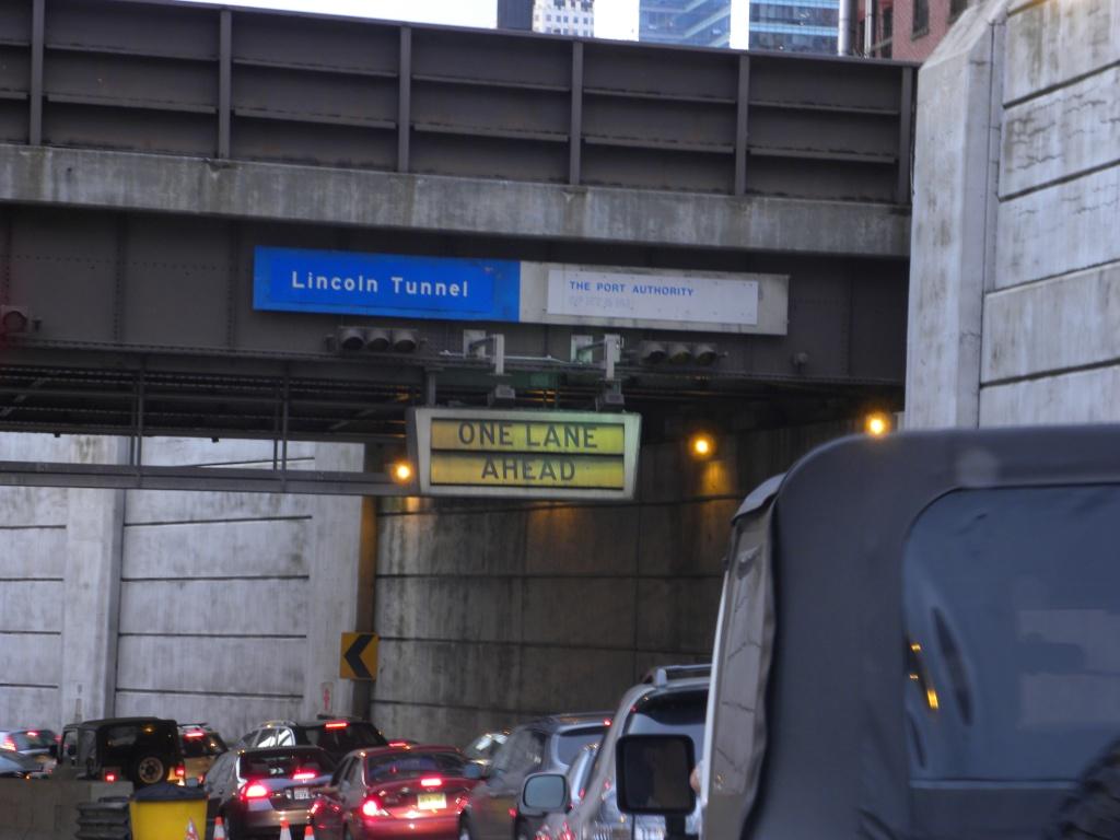 Pasok sa butas ni Lincoln Tunnel